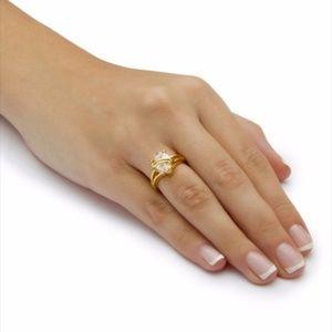 2.98 TCW Pear Cut Cubic Zirconia 18k Gold Ring